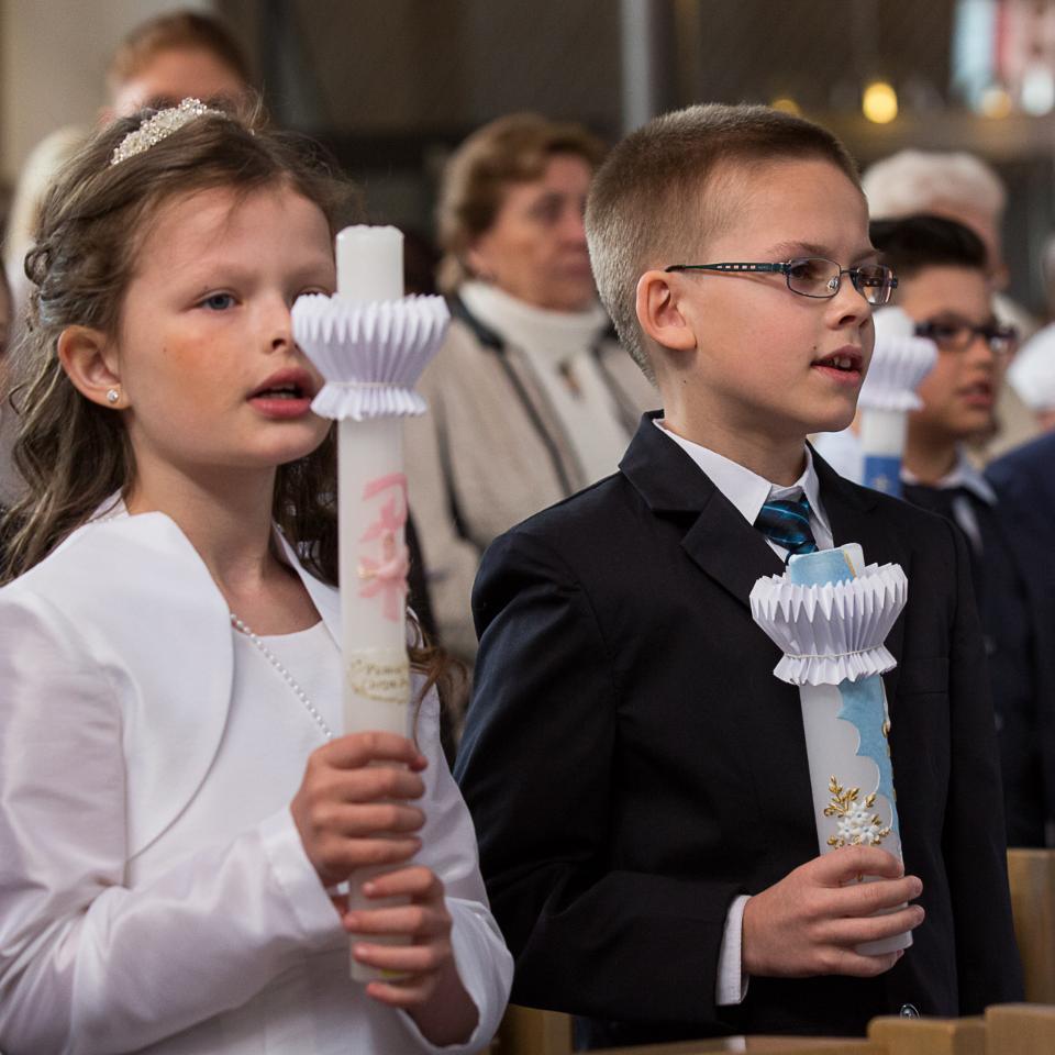 Weißer Sonntag (c) Achim Pohl/Bistum Essen in Pfarrbriefservice.de