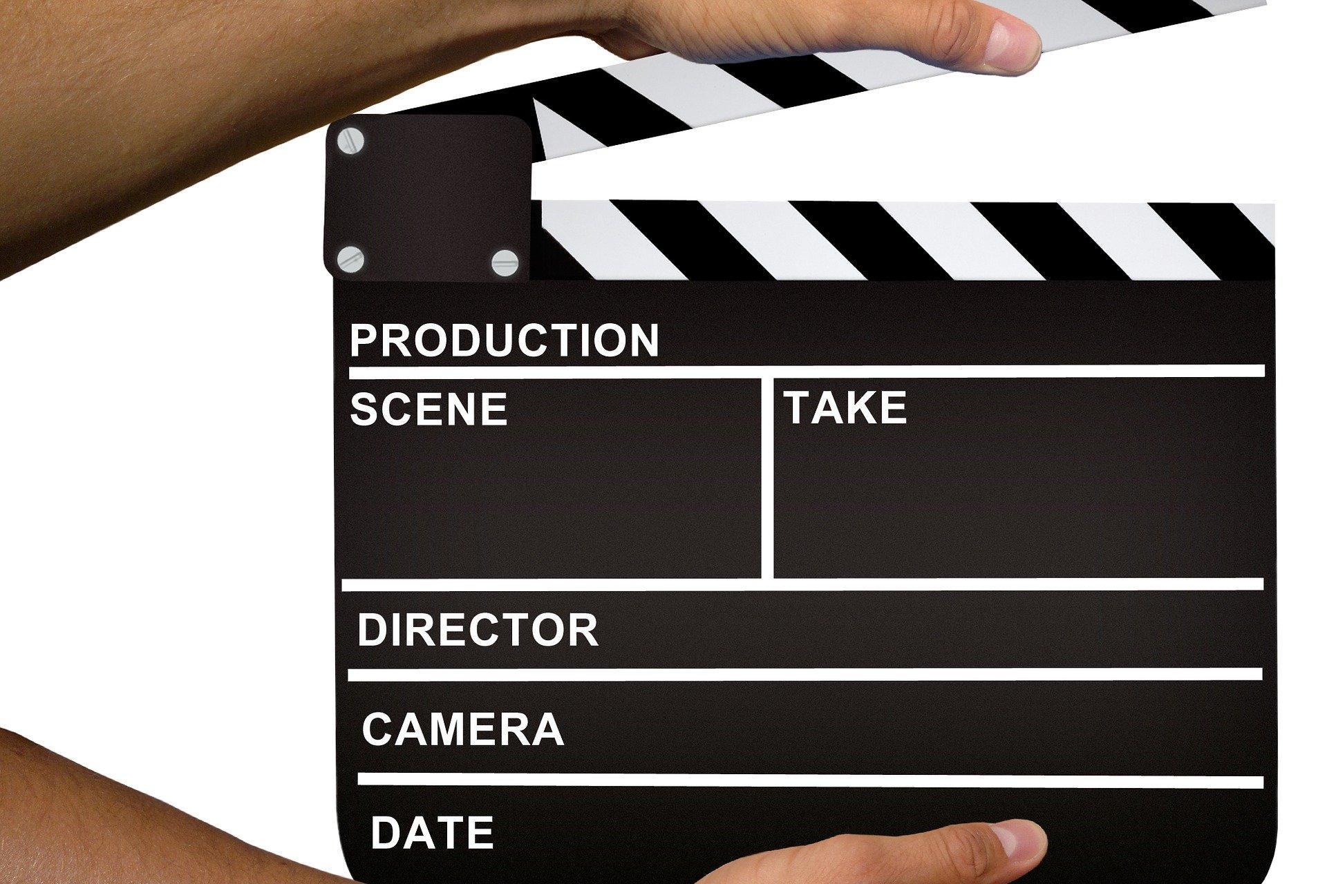 Filmklappe (c) Bild von Mediamodifier auf Pixabay